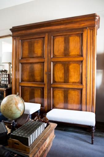 Lee-Stanton-Antique-Furniture-Remodelista