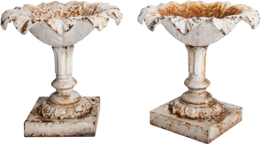 England circa 1850 iron urns (AR49)